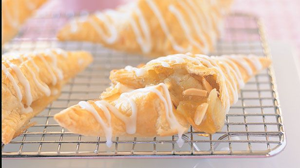 Apple turnovers with icing