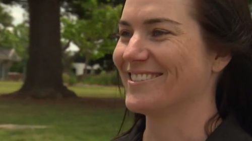 "Cycling champion Anna Meares is backing ""Dutch Reach"". (9NEWS)"