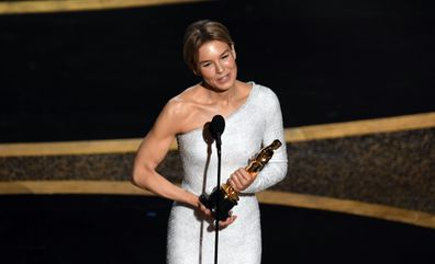 Renée Zellweger accepts the Actress in a Leading Role award for Judy at the Oscars