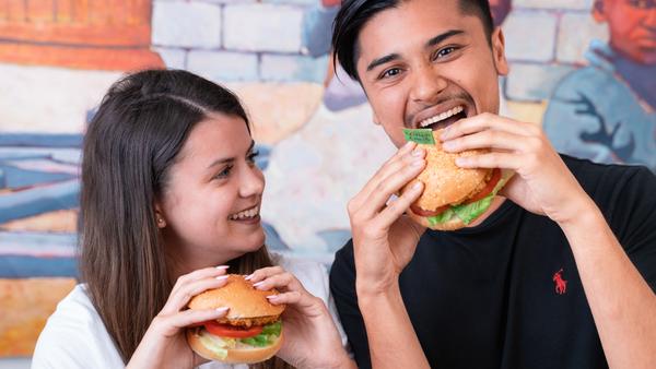 Nando's Great Pretender plant based burger