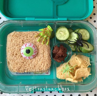 A Halloween-themed lunchbox complete with eyeball and spiderweb snacks, by mum Missy, from Peytons Lunchbox.