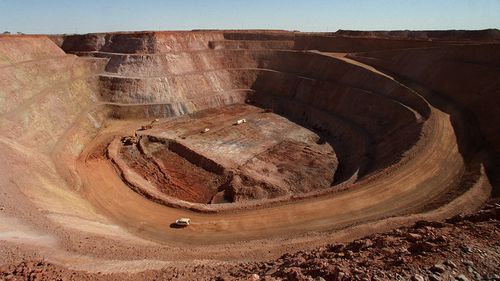 A worker who tested positive for coronavirus was discovered at the Newmont-owned Granites gold mine, 540 kilometres north-west of Alice Springs.
