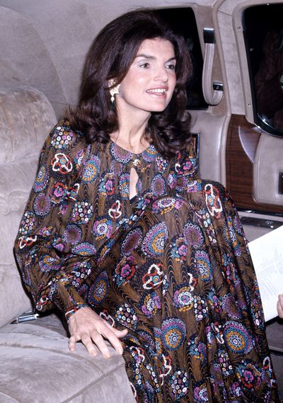 Jacqueline Kennedy Onassis attends the Metropolitan Opera House House Royal Ballet on May 7, 1974