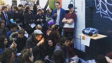 Hundreds flock to Melbourne laneway to listen to Bon Iver's new album on cassette