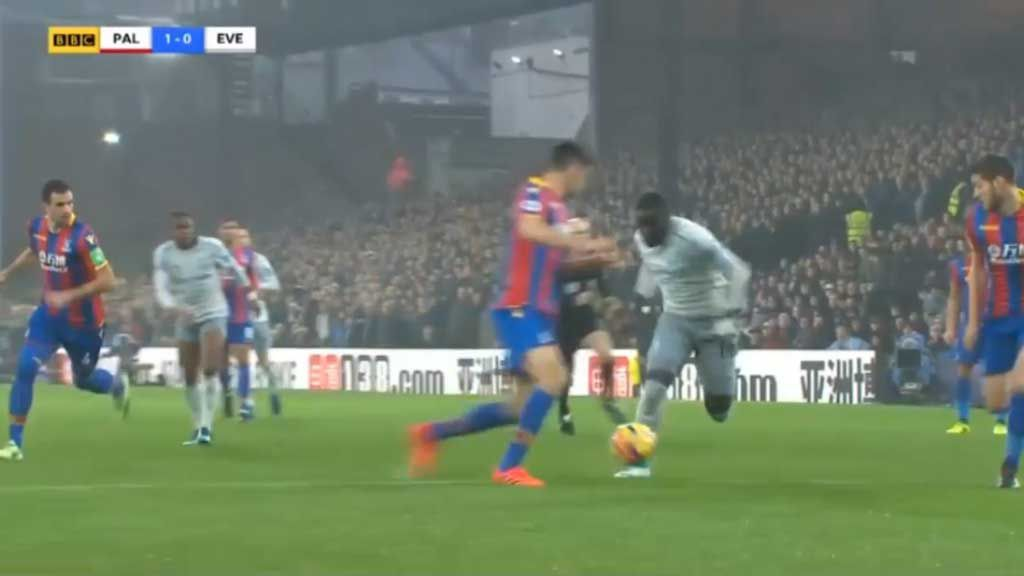 Niasse awarded controversial penalty