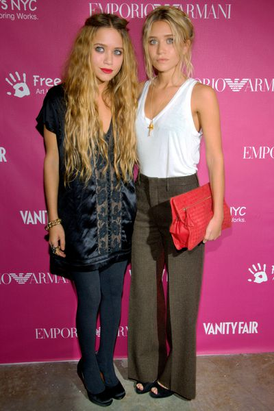 Mary Kate and Ashley Olsen at NYC's 7th Annual Art + Photography Auction Benefit  in New York City, May, 2006