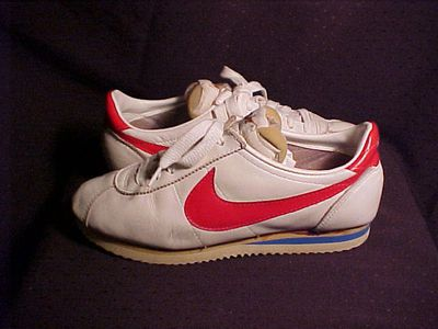 <strong>Nike women's shoes (1976)</strong>