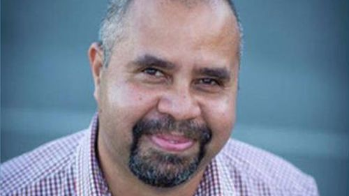 Katter MPs 'will work' with Billy Gordon after MP quits Labor