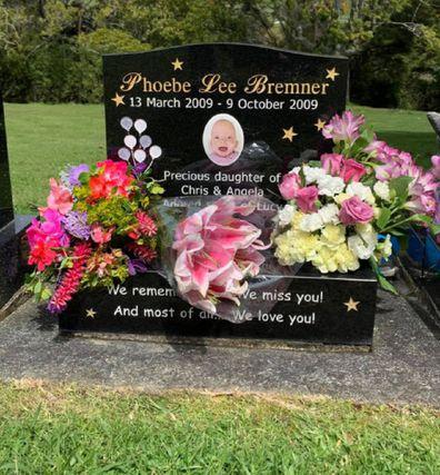 Molly's Run baby Phoebe grave