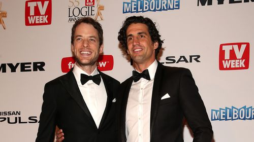Hamish Blake and Andy Lee walk the red carpet. (Getty)