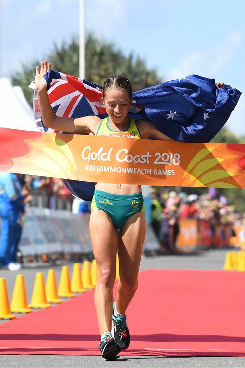Jemima Montag takes gold for Australia. (AAP)