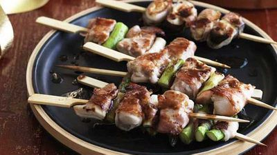 "Recipe:&nbsp;<a href=""http://kitchen.nine.com.au/2016/05/04/15/35/baconwrapped-chicken-yakitori"" target=""_top"">Bacon-wrapped chicken yakitori</a>"