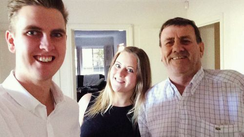 Les's children James and Emma have done all they could to have Les evacuated to Melbourne.