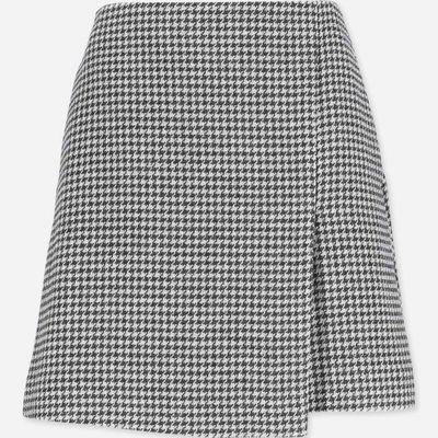 "<a href=""https://www.myer.com.au/shop/mystore/grey-melange-wool-skirt-609243220"" target=""_blank"">CUE GreyMelange Wool Skirt</a>, $161.00<br>"