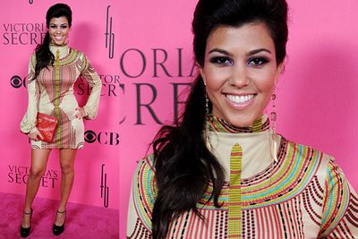 We'll blame the crazy background colour, eh Kourtney?