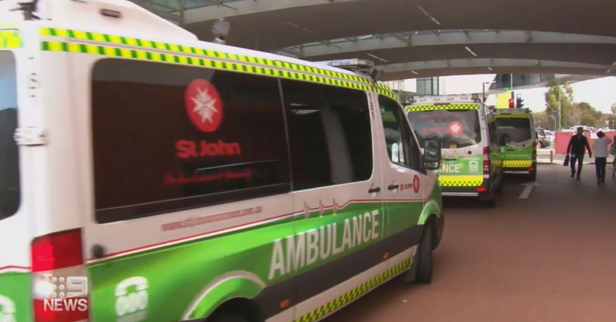 Melbourne woman dies after waiting six hours for ambulance – 9News