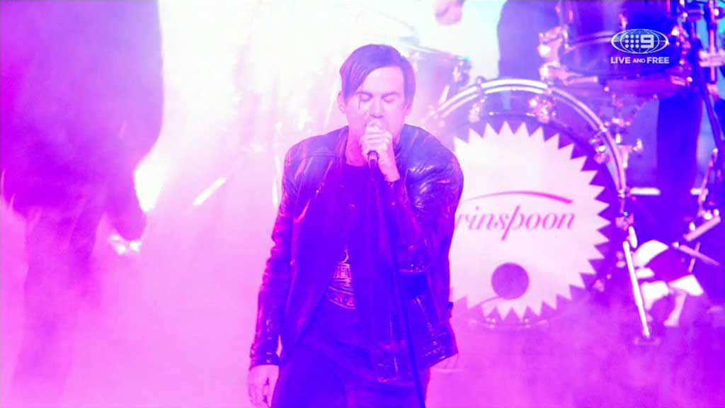 Grinspoon rocks the crowd in the lead up to Origin