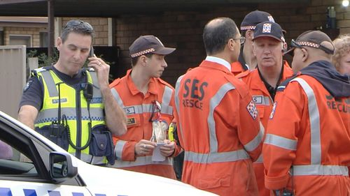 SES and police searched for Nikki after initially believing she had gone missing. (9NEWS)