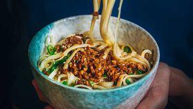 Vegan peddler's noodles