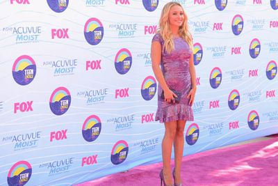 Hayden Panettiere: the carpet matches the dress.