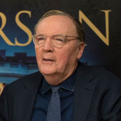 9. James Patterson (US$800 million)