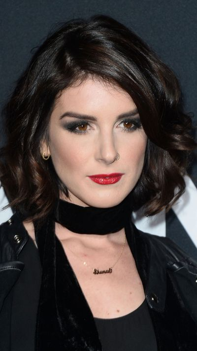 Shenae Grimes paired her smoky eye with a red lip. How very rock 'n' roll.