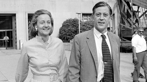 Washington Post Publisher Katharine Graham and Executive Director Ben Bradlee leaving US District Court in 1971. (AAP)