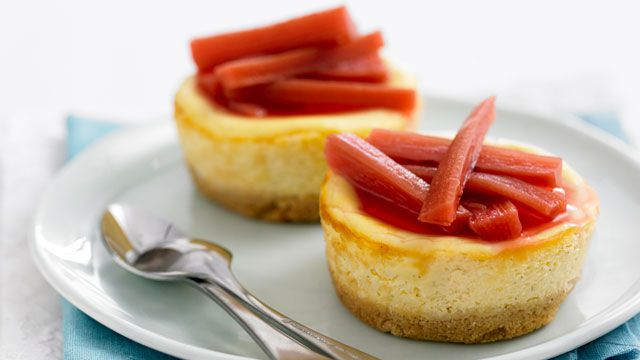Vanilla cheesecakes with poached rhubarb