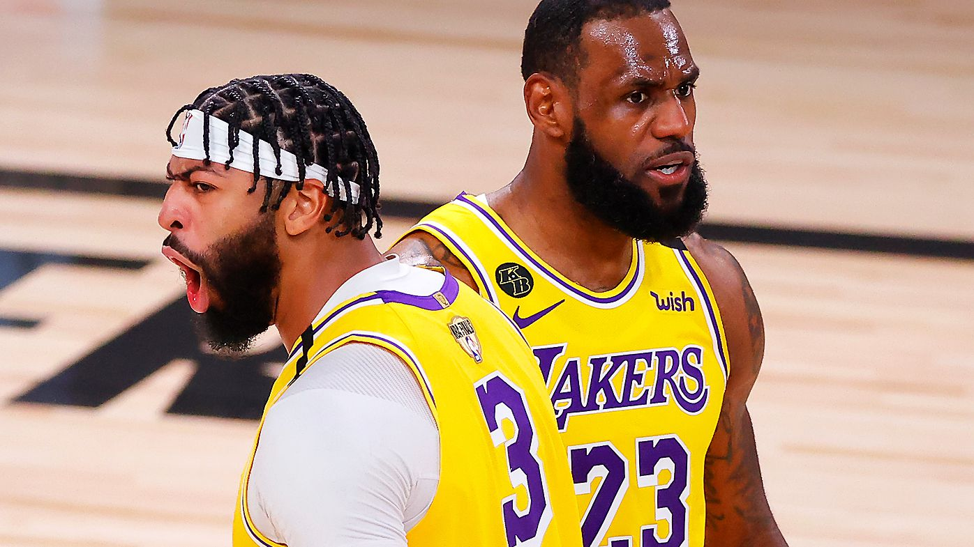 Anthony Davis #3 of the Los Angeles Lakers and LeBron James #23