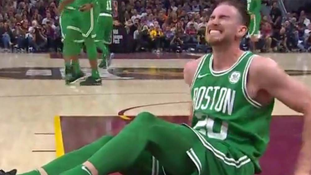 Boston player Gordon Hayward suffers gruesome injury in first quarter of season