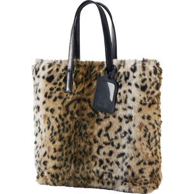 "<p>Grrrrrrab bag</p> <p>Faux shearling tote bag, $59.90, <a href=""http://www.uniqlo.com/au/store/women-carine-faux-shearling-tote-bag-1925730002.html"" target=""_blank"">Uniqlo</a></p>"