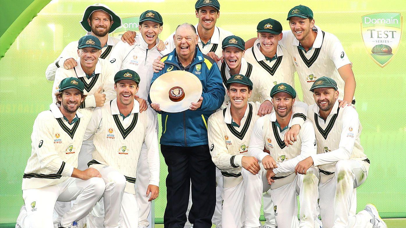 Australia defeat Pakistan 2-0