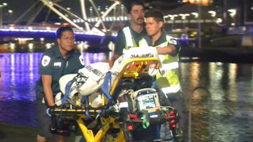 Woman rescued from Melbourne's Yarra River after going for swim