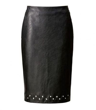 "<a href=""http://www.uniqlo.com/au/store/women-carine-skirt-1913660006.html"" target=""_blank"">Uniqlo</a> Carine Roitfeld women skirt, $59.90"