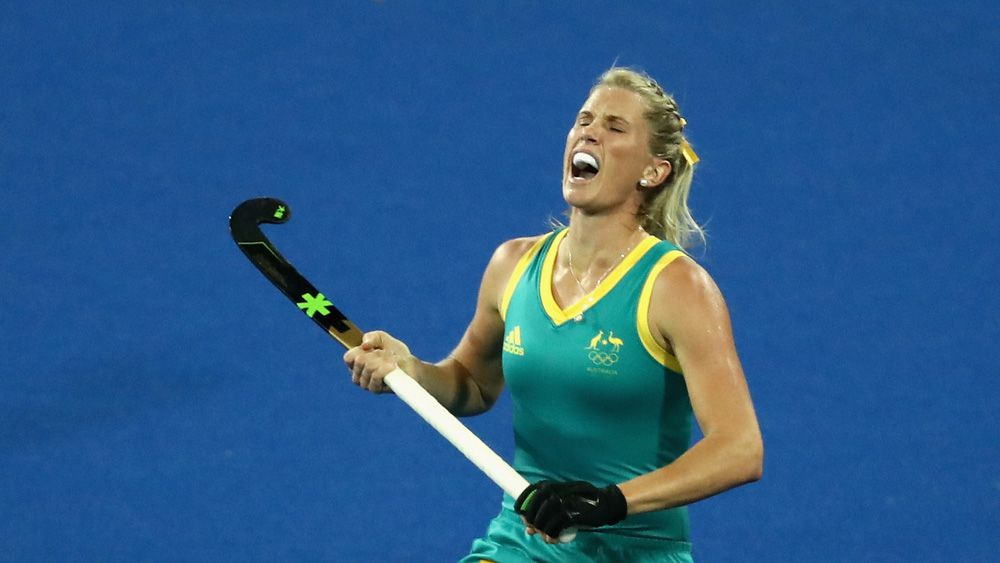 Jodie Kenny of the Hockeyroos reacts to a penalty call. (Getty)