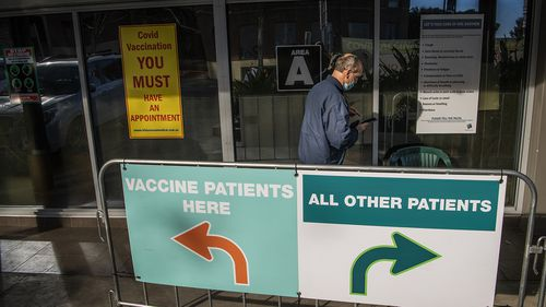 , Vaccination hubs open for under 40s walk-ins as troops prepare to enforce the rules,