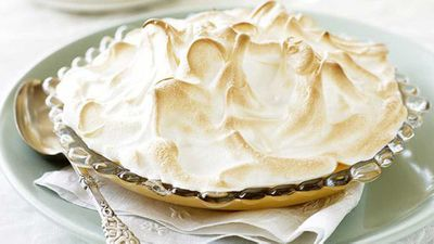 "<a href=""http://kitchen.nine.com.au/2016/05/16/16/28/lemon-meringue-pudding"" target=""_top"" draggable=""false""><strong>Lemon meringue pudding</strong></a>"