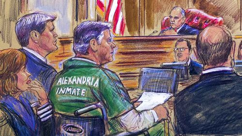 Paul Manafort wore a prison jumpsuit in court.