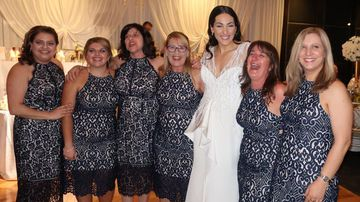 Six women managed to laugh off the common blunder after all choosing the $160 'Forever New' navy and white pencil dress on Saturday. (Facebook / Debbie Speranza)