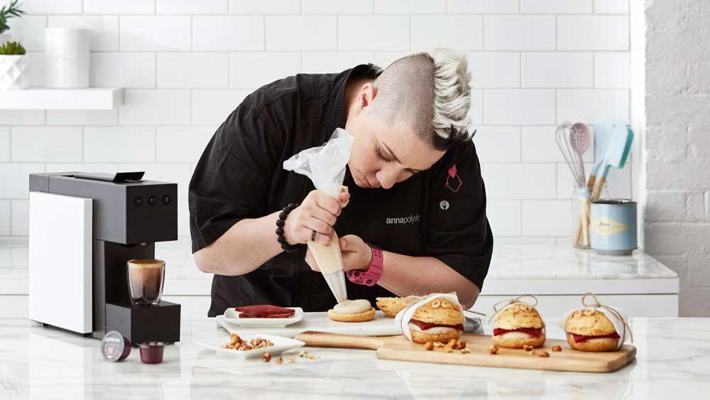 Anna Polyviou's Expressi choux burger