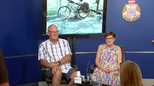 Mr Tennant was joined by his wife at the press conference today. (9NEWS)