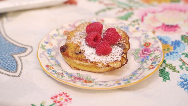 Fancy French toast with hot cross buns