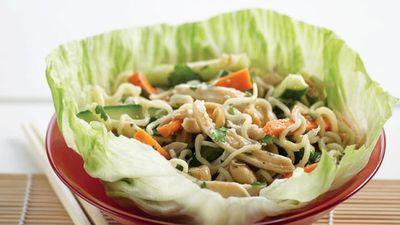 """<a href=""""http://kitchen.nine.com.au/2016/05/13/11/20/chicken-san-choy-bow-salad"""" target=""""_top"""">Chicken san choy bow salad</a>"""