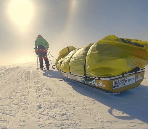 'Brady finished the 1500-kilometre journey across the continent in 54 days, lugging his supplies on a sled as he skied in bone-chilling temperatures.