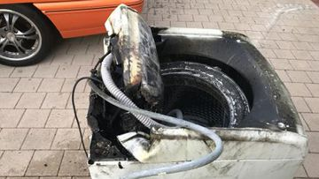 Samsung top-loader washing machine set on fire due to internal fault
