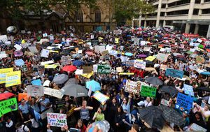 Tens of thousands of Aussie students protest over climate action