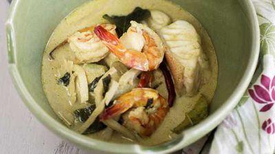 "Recipe:&nbsp;<a href=""http://kitchen.nine.com.au/2016/05/05/12/47/marion-grasbys-thai-seafood-green-curry"" target=""_top"">Marion's Thai seafood green curry</a>"