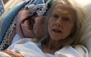 Elderly woman left outside Nambour hospital in 'frail' state still not identified by family, police
