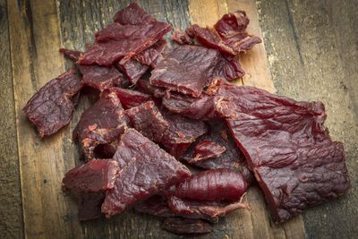 <strong>Low-sodium jerky</strong>