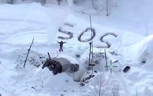 Man survives 23 days in Alaskan winter after hut burns down